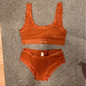 NWOT VS matching set of  bralette and panties
